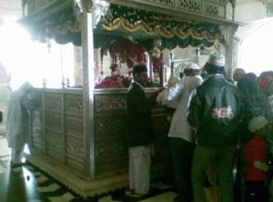 Shrine of Hazrat khwaja Fakhruddin Chishty (R.A.) Sarwar Sharif